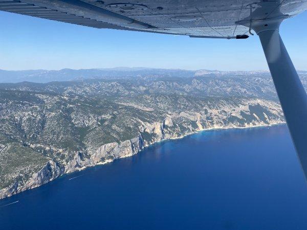 18-Ostküste-Sardinien-auf-Flug-Richtung-Olbia
