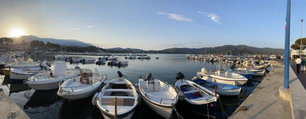 24-Marina-di-Campo-Hafen
