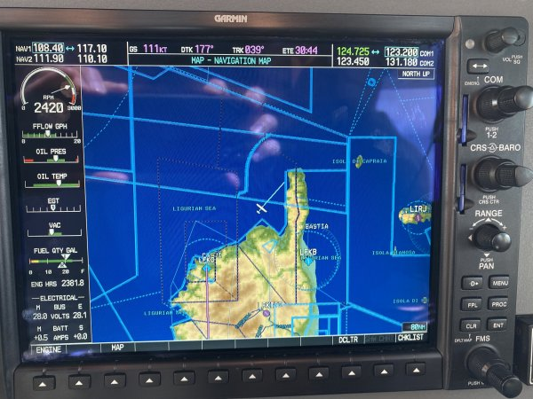 9-Flug-um-Korsika